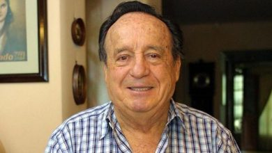 Photo of Nace el escritor y actor Roberto Gómez Bolaños