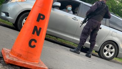 Photo of Por evadir control policial, sujeto ebrio se accidenta en Sonsonate